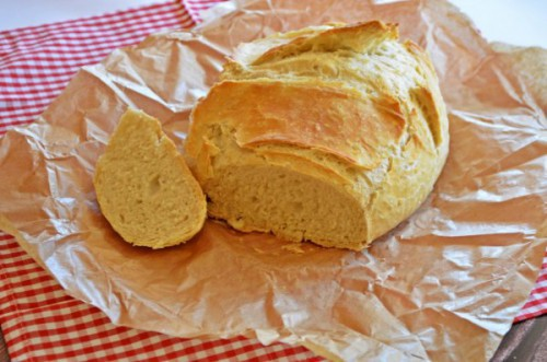 Fehér  kenyér, bögrés, dagasztás nélküli