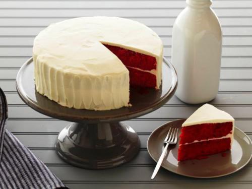 Red Velvet (Vörösbársony torta)