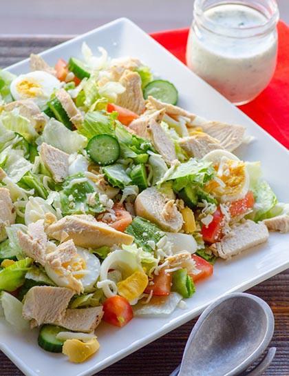 Csirkés tojásos saláta, csábító ízek – tavaszi finom