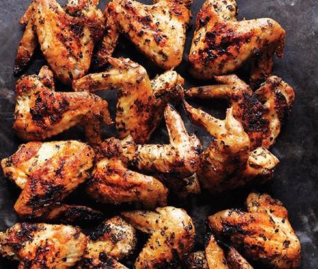 Fűszeres grillezett csirkeszárnyak