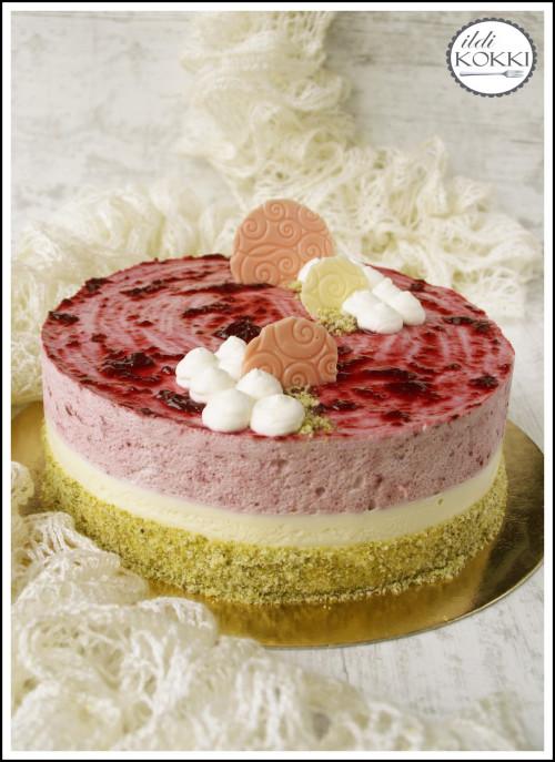 Áfonyás és fehér csokis mousse torta